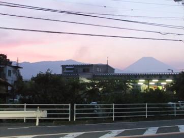 夕焼けの富士山22.6.24.jpg