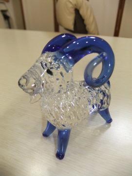 羊ガラス.JPG